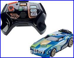 New-Hot Wheels A. I. Intelligent Race System Starter Kit 2 RC Smart Cars Remote
