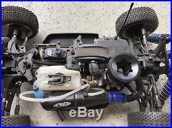 Team Associated RC8.2 4WD Nitro R/C car with starter box and remote